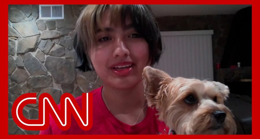 Watch teen fight off bear to save her dog 1
