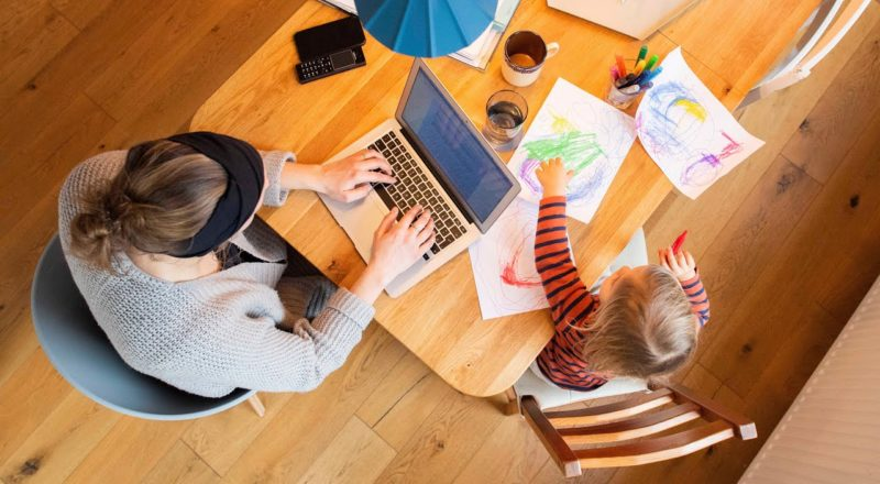 55% of Canadians want to continue working at home: survey   COVID-19 in Canada 2