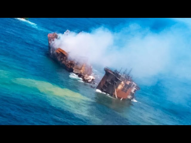 Huge container ship sinking off the coast of Sri Lanka, weeks after massive explosion 1