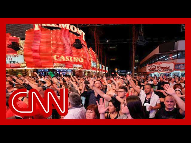 Las Vegas fully reopens to 100 percent capacity 1