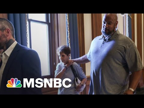 Tucker Carlson Attacks Black Capitol Police Officer Ahead of Testimony 1