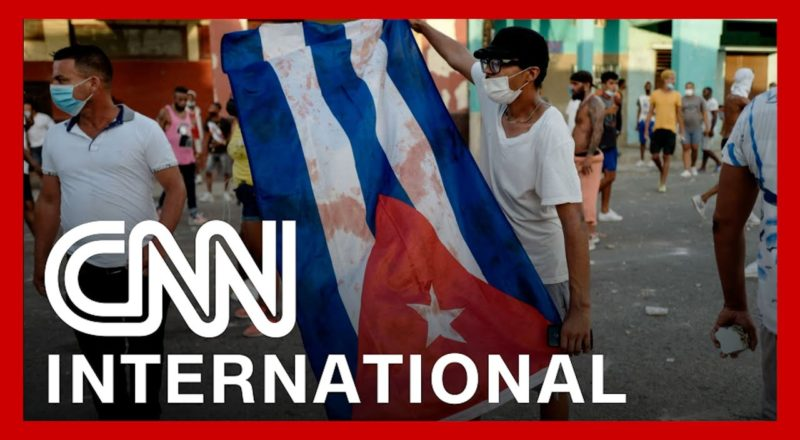 Thousands demand freedom in Cuba's largest demonstration in decades 1