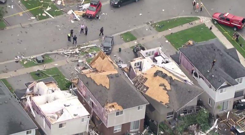 Aerial footage: Destruction in Barrie, Ont. after powerful neighbourhood hit by EF-2 tornado 1