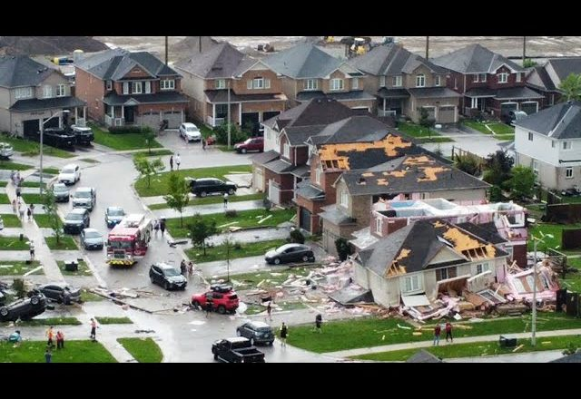 Barrie, Ont. hit by sudden tornado, damage and injuries reported 1