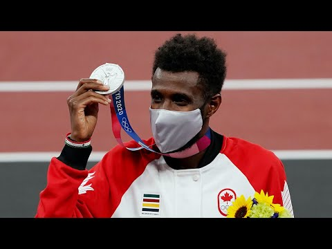 Canada's Moh Ahmed wins silver in 5,000 metres: His mom reacts to his performance at the Olympics 2