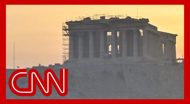 Fires threaten historic sites in Greece 1