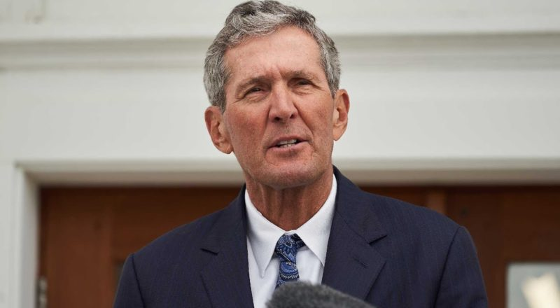 'Now is the time for a new leader': Manitoba Premier Brian Pallister not seeking re-election 1