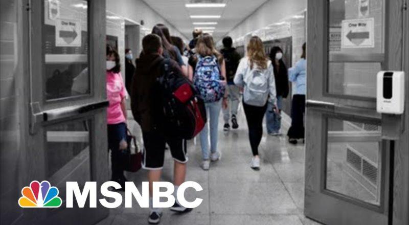 More Local Officials Defy GOP-Led School Mask Mandate Bans 1