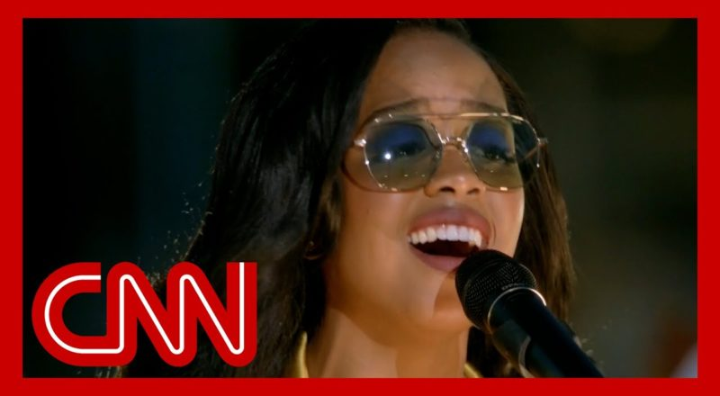 H.E.R. performs stunning rendition of 'Hallelujah' 1