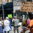 Hospitals across Canada confronted by anti-vaccine protests 12