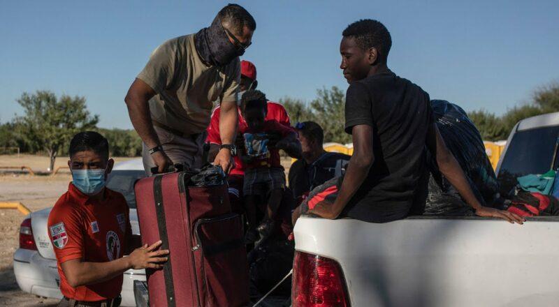 Thousands of Haitian migrants planning return to U.S. border 1