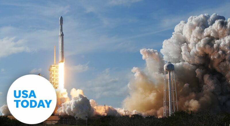 SpaceX launches first private space crew into orbit   USA TODAY 1