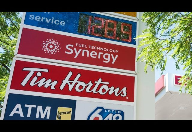 Rising inflation across Canada could lead to interest rate hike in 2022: analyst 1