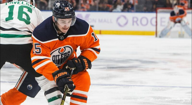 NHL player who refused to be vaccinated develops heart condition after COVID-19 infection 9