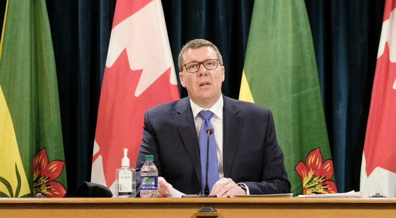 Sask. Premier Moe won't ask for federal aid despite needing to send COVID-19 patients to Ontario 4