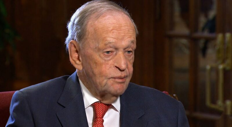One-on-one interview with former prime minister Jean Chretien 3